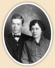 Huey Long and Rose McConnell Long's wedding photograph