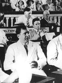 Huey Long speaking at the 1932 Democratic National Convention